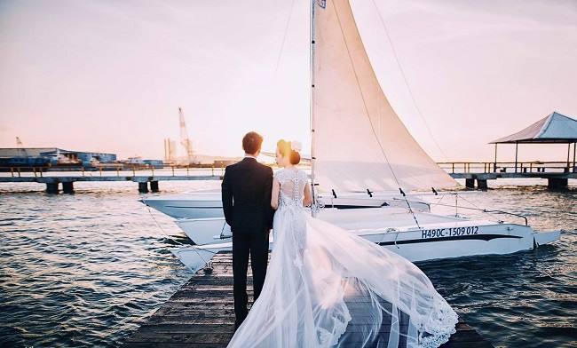 Marina được coi là nơi chụp ảnh cưới lý tưởng cho các cặp đôi.