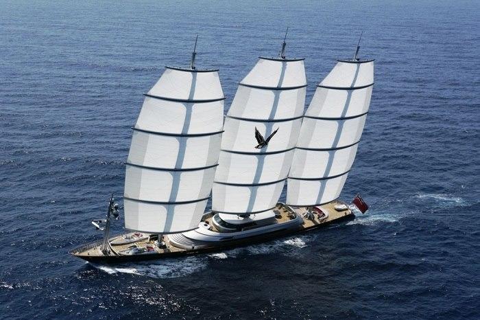 Thuyền buồm Maltese Falcon
